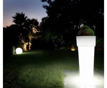Pflanztopf beleuchtet, Semitransparent weiß, A1 Durch. ca. 39cm, Höhe ca. 90cm, mit 3m Kabel