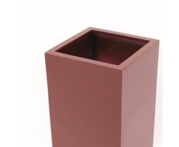 Blumenkübel, aus Kunststoff mit ca. 6,30kg, rot lackiert, Durch. ca. 40cm, Höhe 80cm