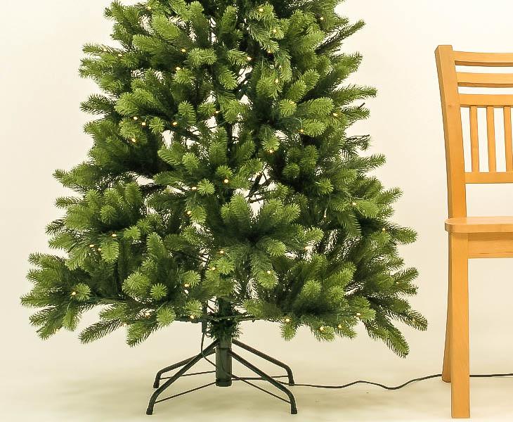 Spritzguss Weihnachtsbaum.Pe Weihnachtsbaum Mit Beleuchtung 210cm 1156 Tips Mit Spritzguss Nadeln