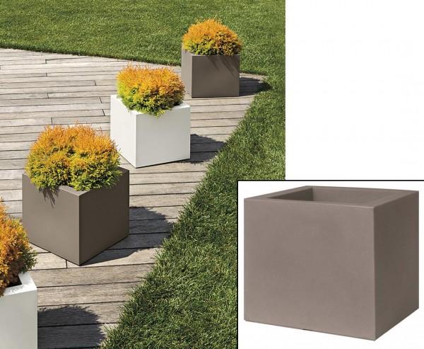 Übertopf in Würfelform und Zement Style mit 30x30cm aus Kunststoff für Bepflanzungen